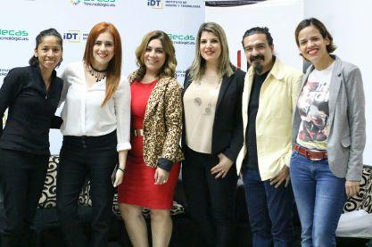 Debate.Mujeres en el Periodismo Deportivo.Paraguay.01